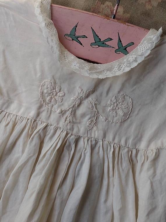 1920's Little Girl's Silk Dress & Bonnet - image 4
