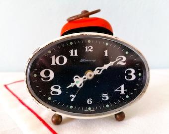 vintage wind up alarm clock, alarm bell clock, retro wind up alarm clock, vintage orane bell alarm clock, vintage Blessing table alarm clock