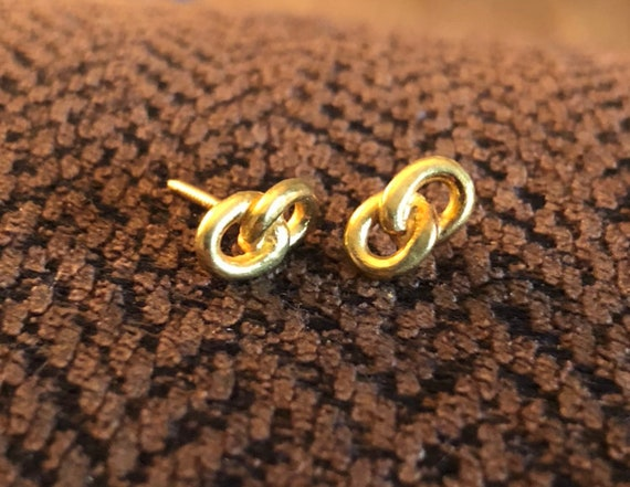 18kt Solid Gold Infinity (Screw On Back) Stud Earr