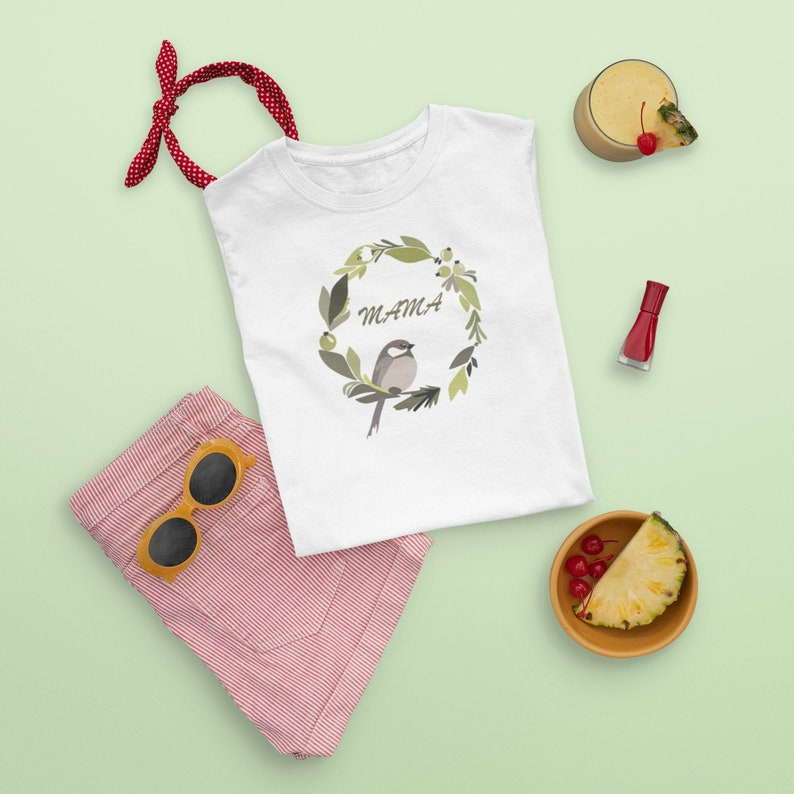 Flowers Birdie Mama T-Shirt Gifts for mom Mom birthday gift Mom life Step mom gift Mother daughter Mother day gift New mom gift