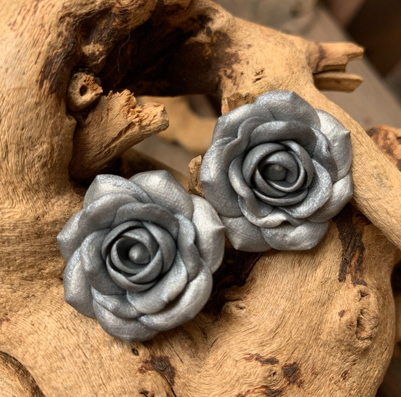 Polymer clay roses 1pair  2 roses. Roses for earrings bracelets and necklaces