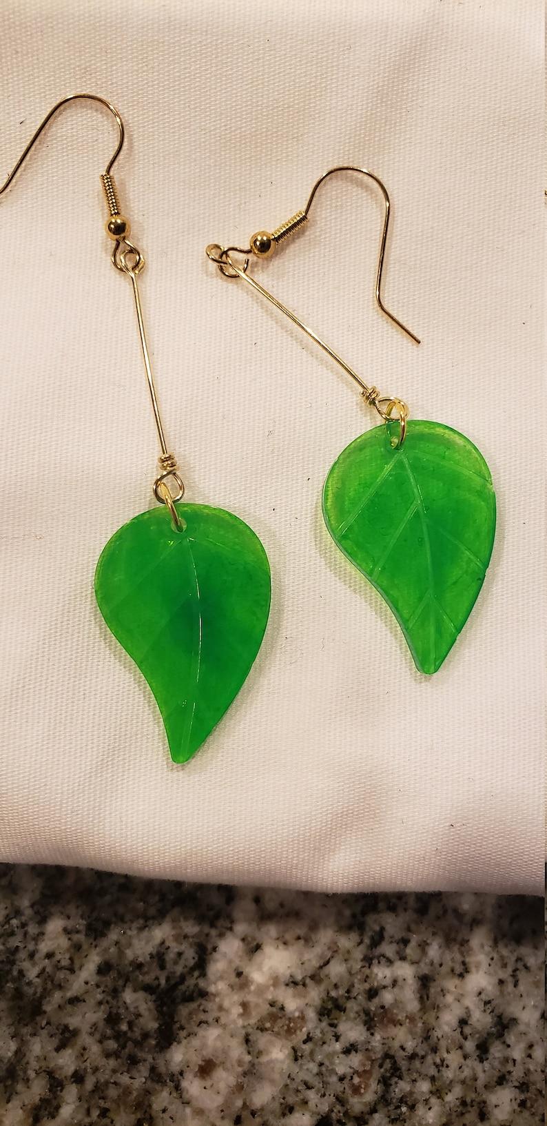 Dangle Leaf Earrings