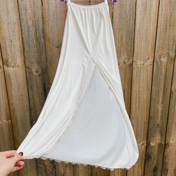 Vintage Half Slip Skirt 50s Ivory Fairycore Cotta… - image 4
