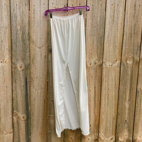 Vintage Half Slip Skirt 50s Ivory Fairycore Cotta… - image 2