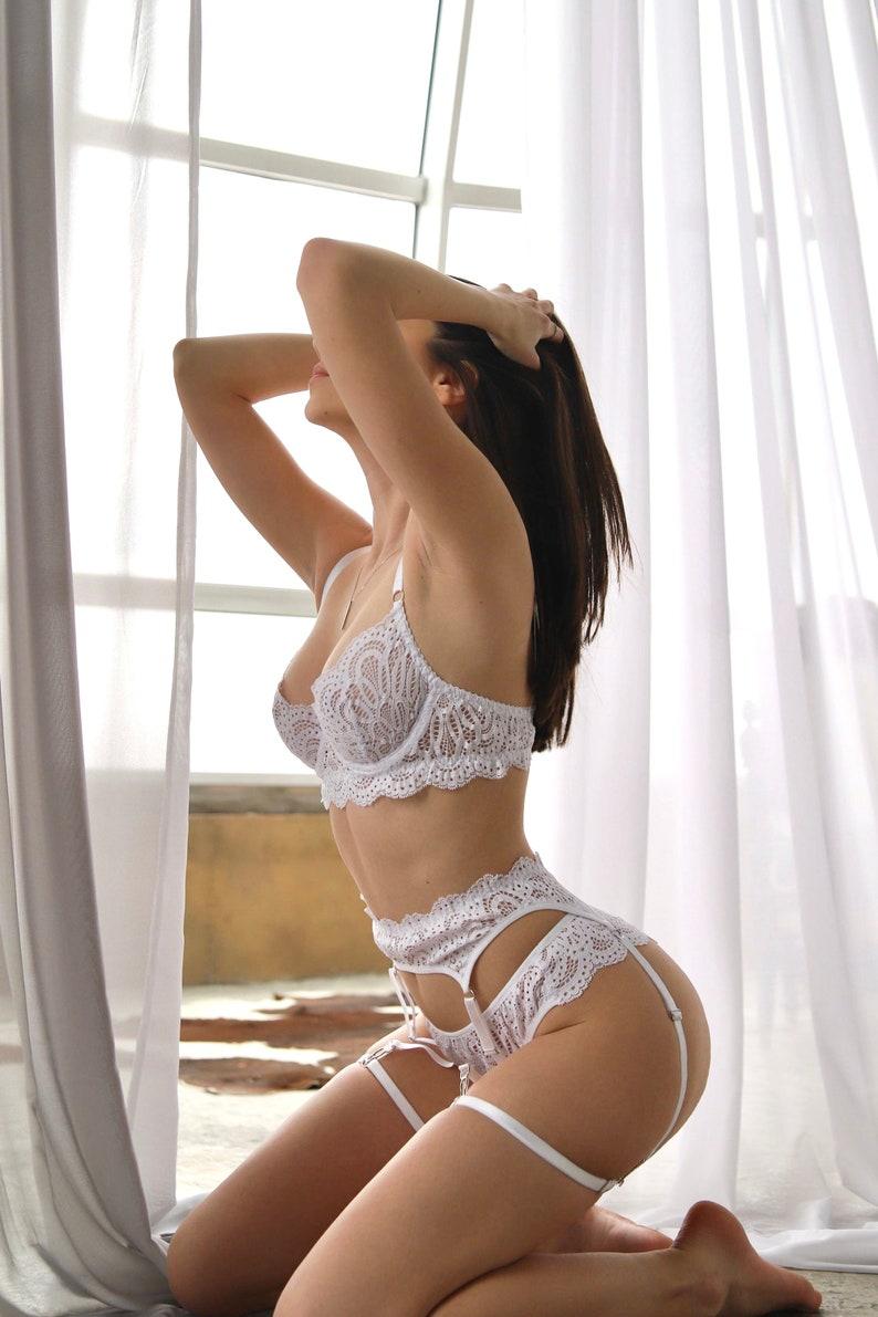 Lace lingerie set White lingerie Honeymoon lingerie Bridal lingerie Wedding underwear Lingerie set garter Wedding lingerie