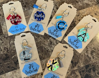 Acrylic keychain   Flowers vinyl   Name and Initial