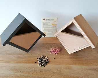 Eco Robin Nest Box Gift Set - Handmade Recycled Sustainable - Wildlife Gift | Garden Gift | Father's Gift | Mother's Gift | Nature Gift