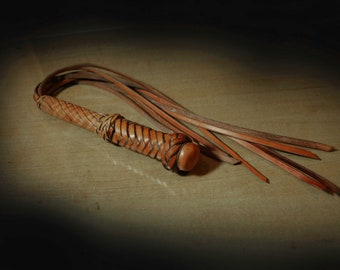 Natural calf leather braided martinet