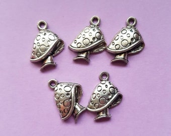 6pcs-1 enamel Mushroom charm-1 loop-Antique brass metal Charm