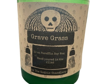 Grave Grass Fresh Scented Candle with Wooden Wick
