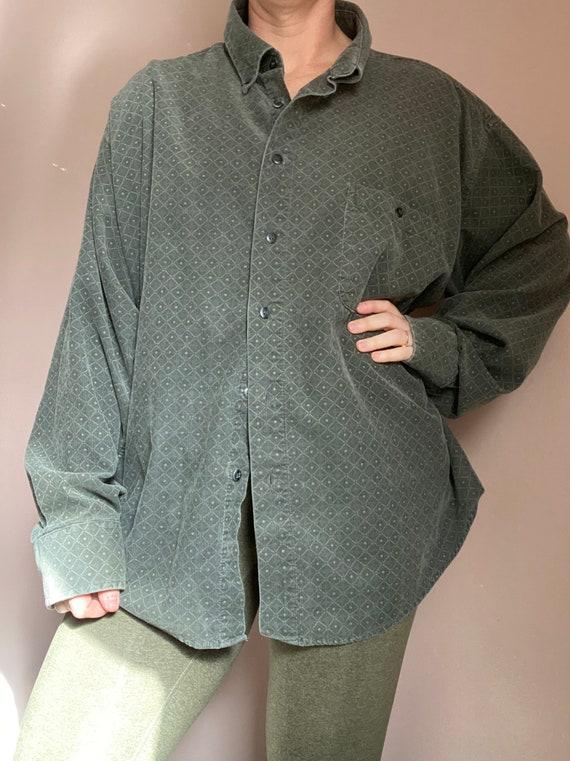Vintage men's corduroy button down shirt
