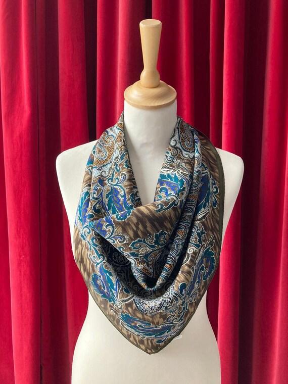 New Vintage  Oscar De La Renta Studio Paisley Silk scarf Vintage Oscar De La Renta accessoriesOscar de la Renta long scarf