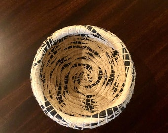 Mocahua Bowl, Handmade Decorative Chambira Basket