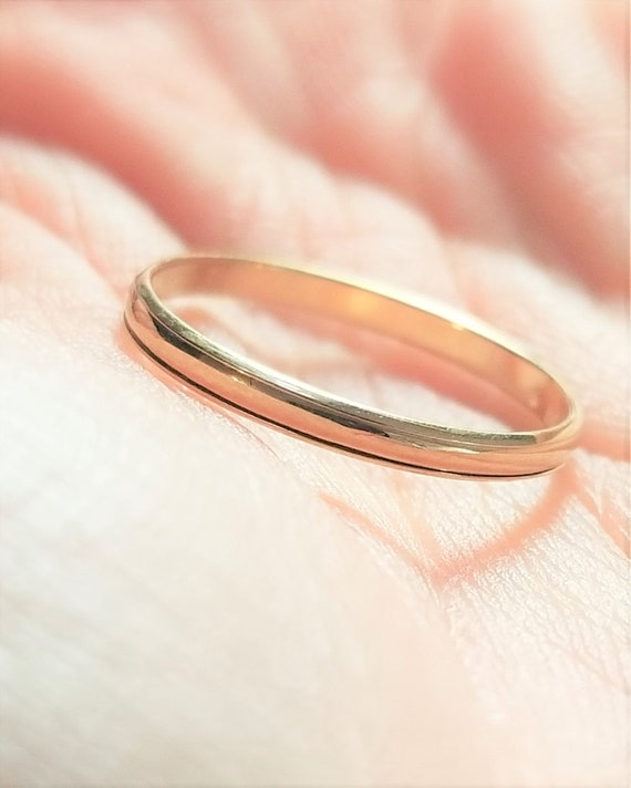 14k Vintage Yellow Gold Simple Band