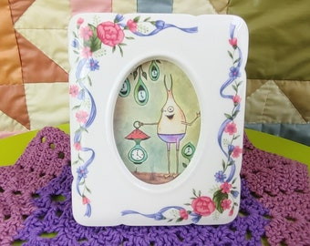 Stand up Design Dainty Pink Vintage Double window Porcelain Frame Yellow /& Purple Flowers