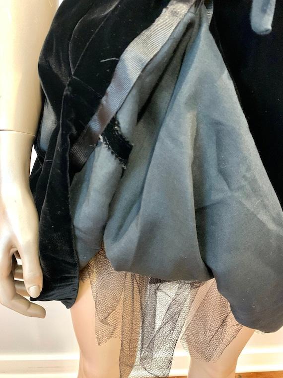Vintage 1960s I. Magnin Velvet Dress - image 8