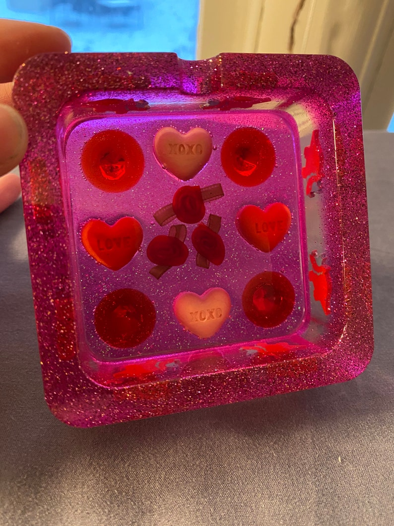 Square Pink Dinosaur Heart Love Valentines Triceratops TrayAshtrayJewelry Holder Glitter Art Resin