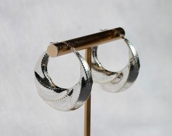 Vintage W13 Silver tone Twisted Dangle Pierced Earrings