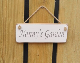 Handmade  /'NANNY/'S SHED/'/' wall plaque
