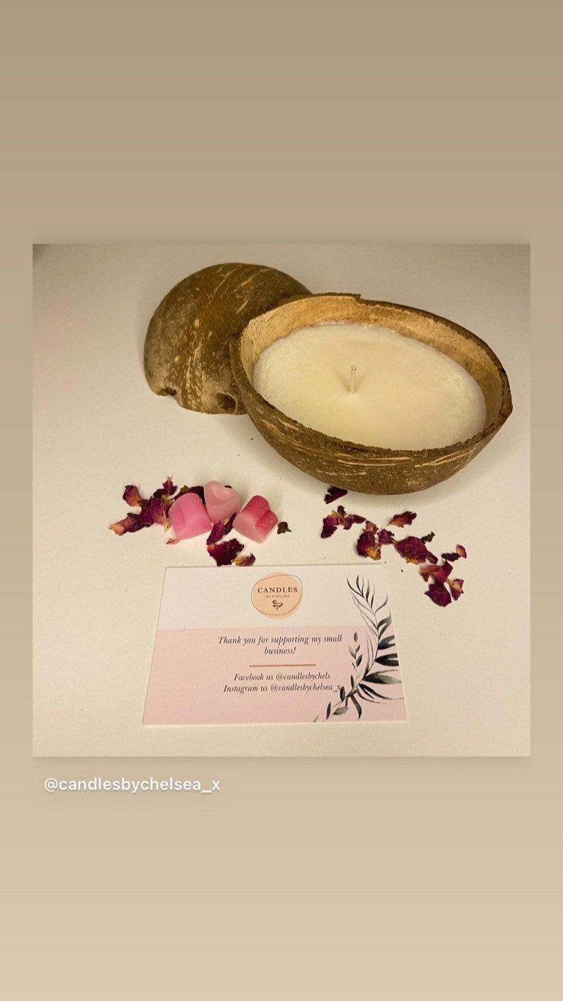 Natural coconut shell candle
