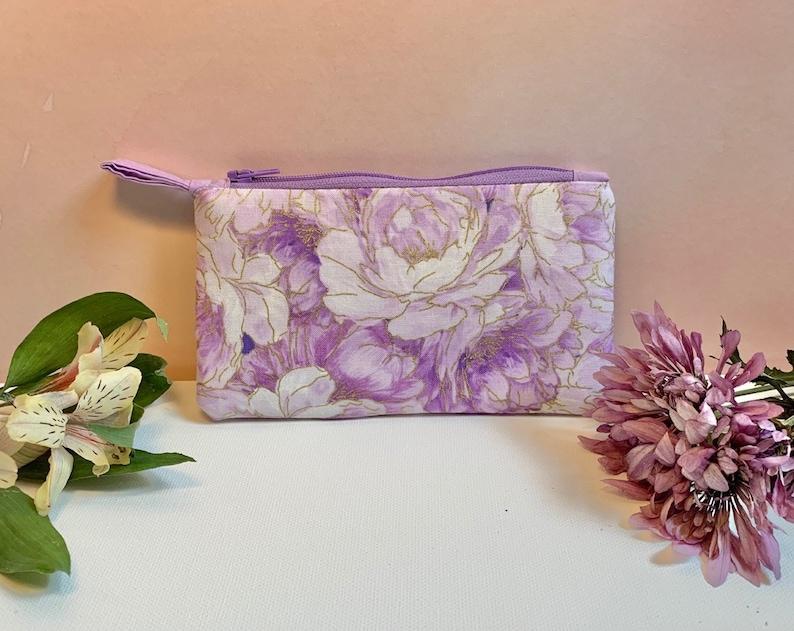 Zipper Pouch or Coin Purse Light Purple Floral