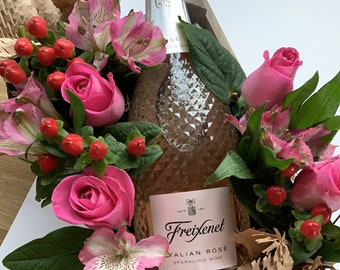 Gifts for Her - Rosé & Roses - Love Gift for Her  - Floral Gifts - Alcohol Gifts
