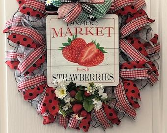 Summer Wreath Strawberries Farmers Market Sign, Custom Door Wreath, Farmhouse Country Wreath