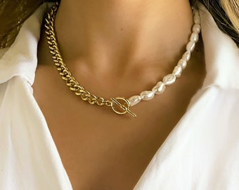 Half pearl half chain necklace Chunky gold necklace. Real pearl necklace cuban link chain and small gold hoop earrings
