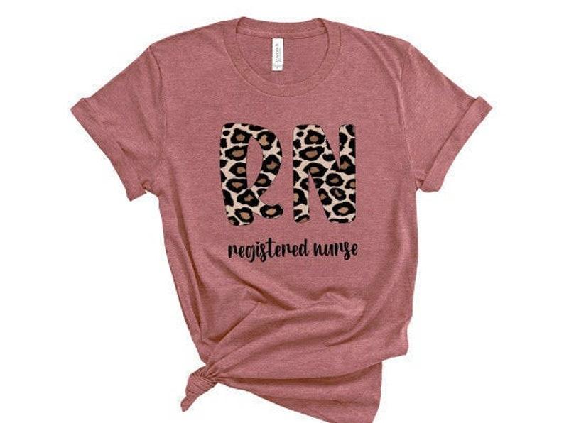 Gearhuman – RN leopard Shirt  Leopard Print Nurse Life Registered Nurse  –  Tshirt