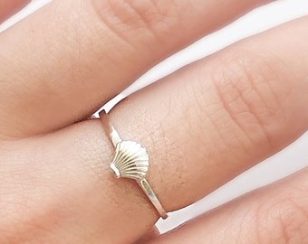 Handmade Ring Boho Ring 925 Sterling Silver Ring Statement Ring Gift For Her Cowrie Ring Shell Ring Natural Shell Ring