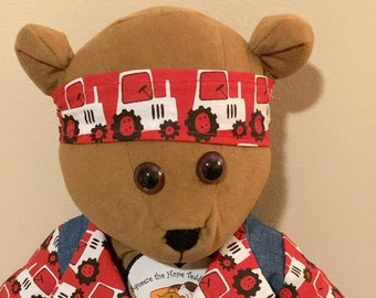 Musical Bear David Helps Listeners to Fight Depression, Fear, Loneliness