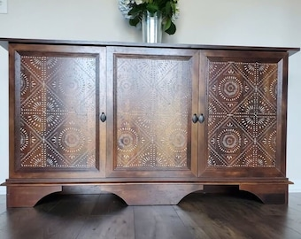 Elegant Buffet Sideboard Storage Cabinet wood Credenza Vintage Dining Room China Cabinet for living room kitchen home decor