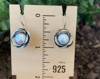 Details about  /YAM Sterling Silver Earrings Made In Israel Mother Of Pearl New