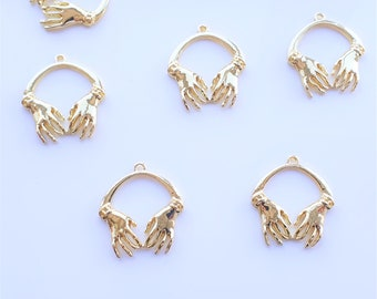 2x Two Hands Pendants Gold Plated Earring Connectors 27mm Hands Connectors, Necklace Pendants