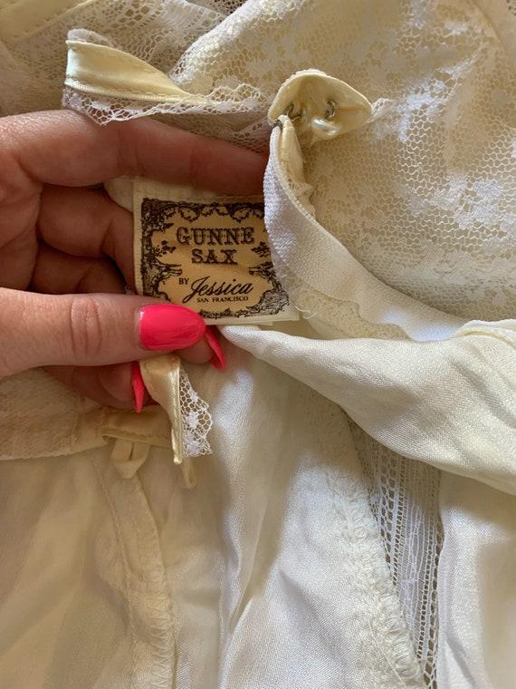 "Vintage 1970's ""Gunne Sax"" Wedding Dress - image 10"