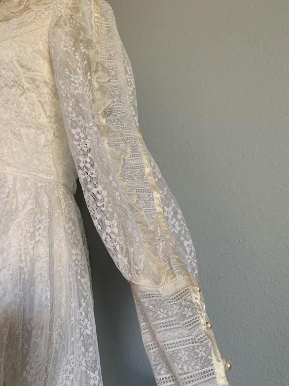 "Vintage 1970's ""Gunne Sax"" Wedding Dress - image 7"