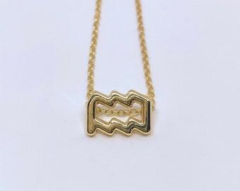 Unique gift Valentine/'s day gift Heart stone 35x23mm Ruby Fuchsite Macrame Pendant for her Aquarius zodiac jewelry Boho necklace