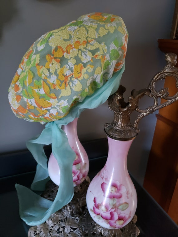 1970s Christian Dior MISS DIOR Floral Hat with ch… - image 1