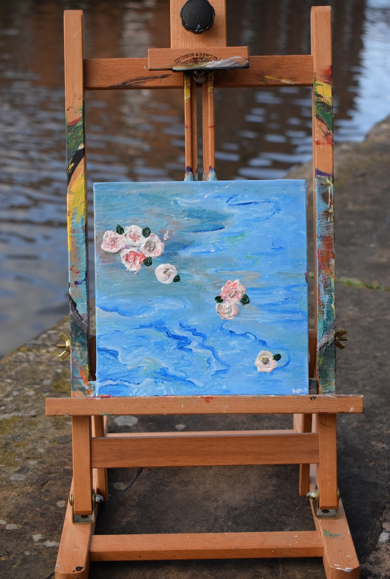 Roses In The Sea