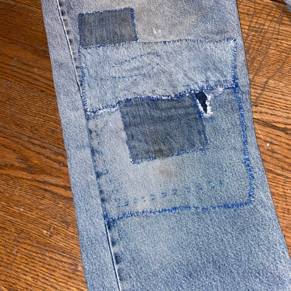 Vintage Levis 505 thrashed 90s great repairs dist… - image 3