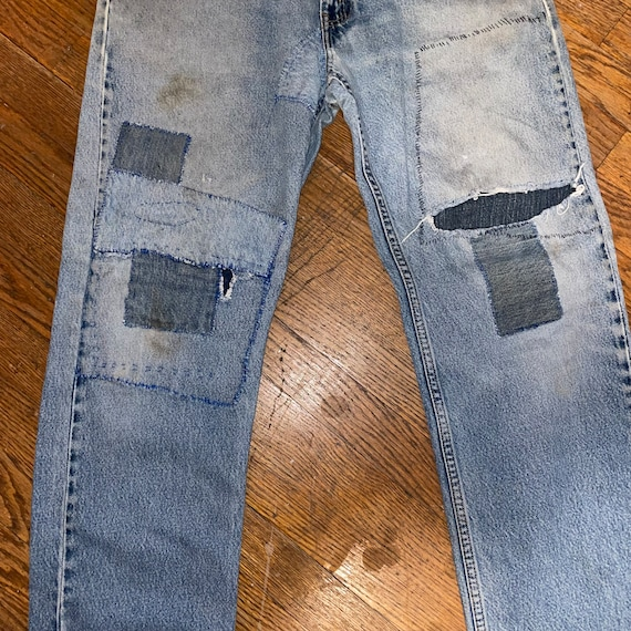 Vintage Levis 505 thrashed 90s great repairs dist… - image 4