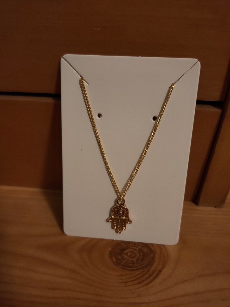 Gorgeous necklace with Hindi pendant