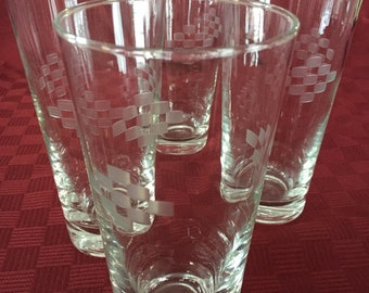 Vintage set of 4 etched-glass water glasses with checkerplate design
