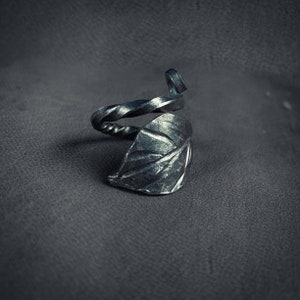Hand Forged Twisted Handle Viking Eating Thorn
