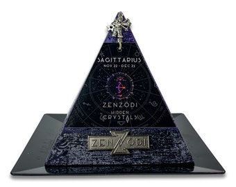 Sagittarius Lavender Hidden Crystal Pyramid Zodiac Candle, Cool Unique Birthday Gift for Astrology Lover, Crystals Charms and Treasures