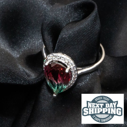 Crystal Ring, Ombre ring green burgundy, Minimalist Crystal Ring, Wedding Ring, Engagement Ring, Dainty Ring, Promise Ring, Gift for her