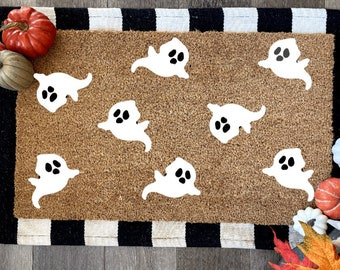 Ghost Doormat | Seasonal Decor | Spooky Season | Halloween | Fall Decor | Porch Decor