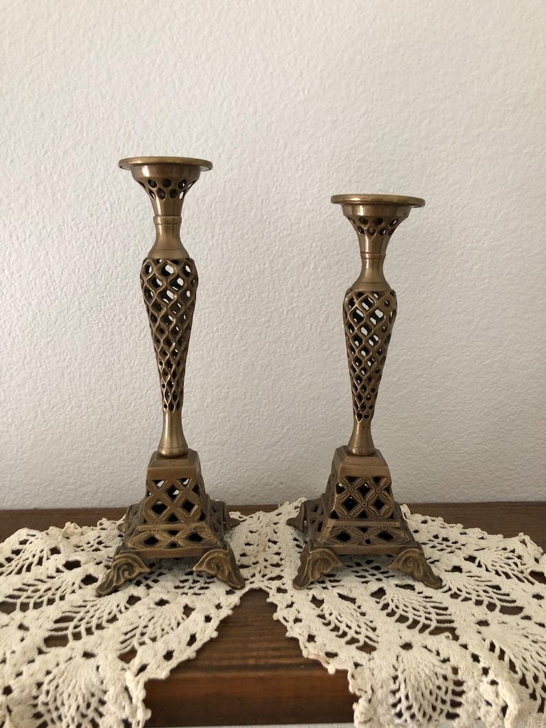 Vintage Set of 2 Brass Candlesticks.