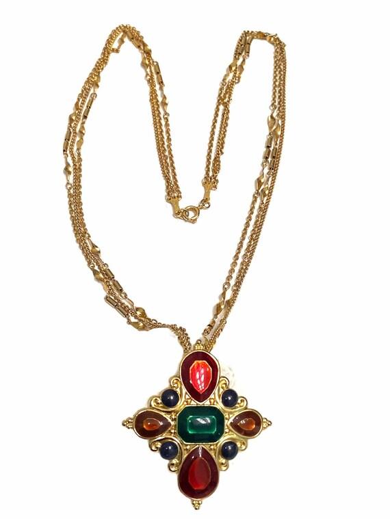 designer signed vintage Jay Strongwater scrolled gold tone jeweled scarf slide pendant