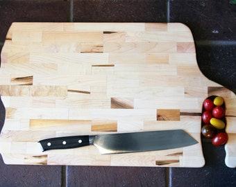 Large Handled Cutting Board